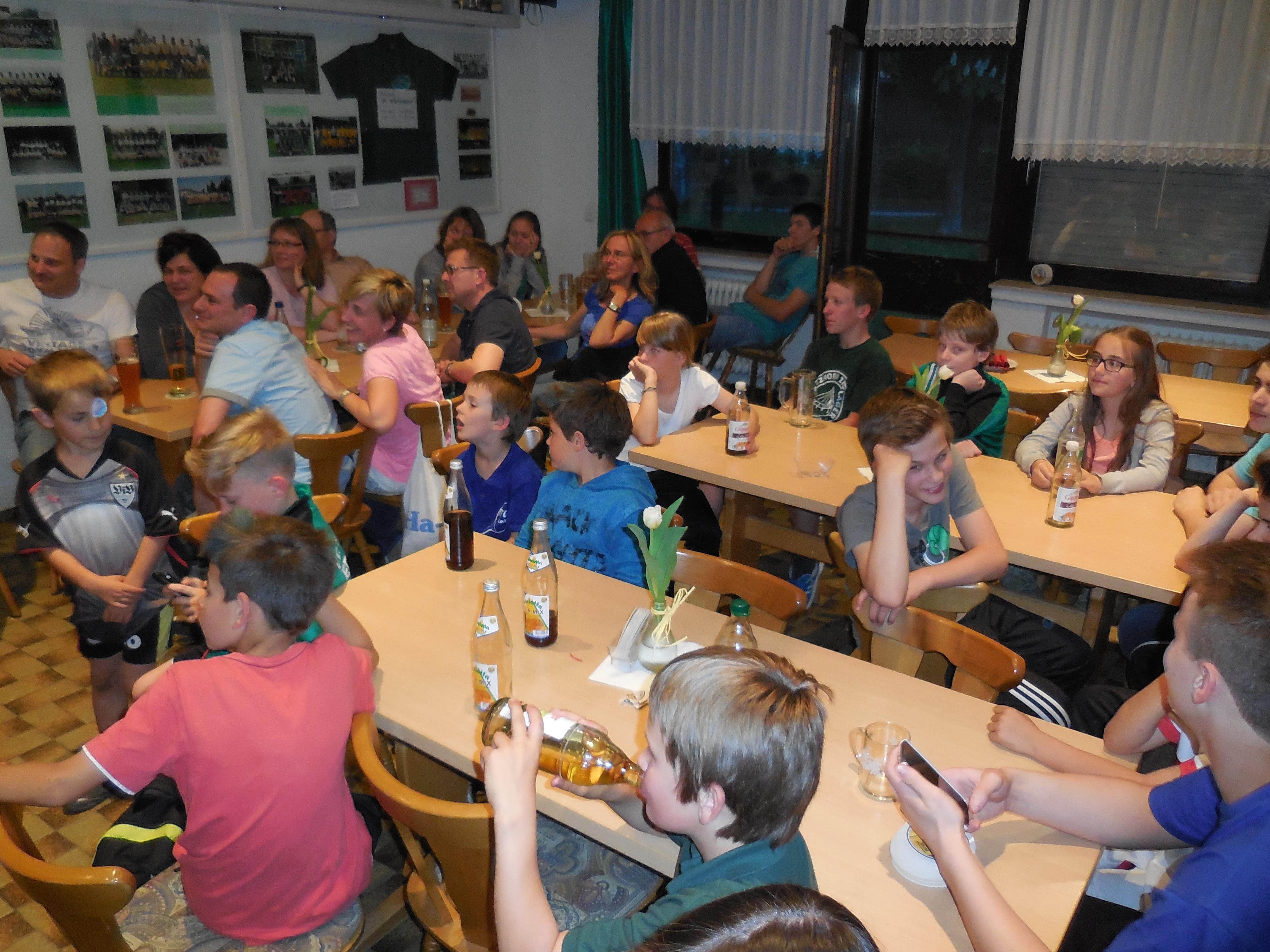 Familienduell Abschlußfeier im Vereinsheim (2)